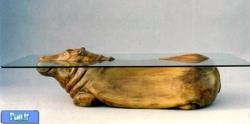 طرحی جالب برای میز حلوی صندلی